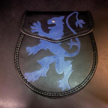 leather sporran with blue rampant lion
